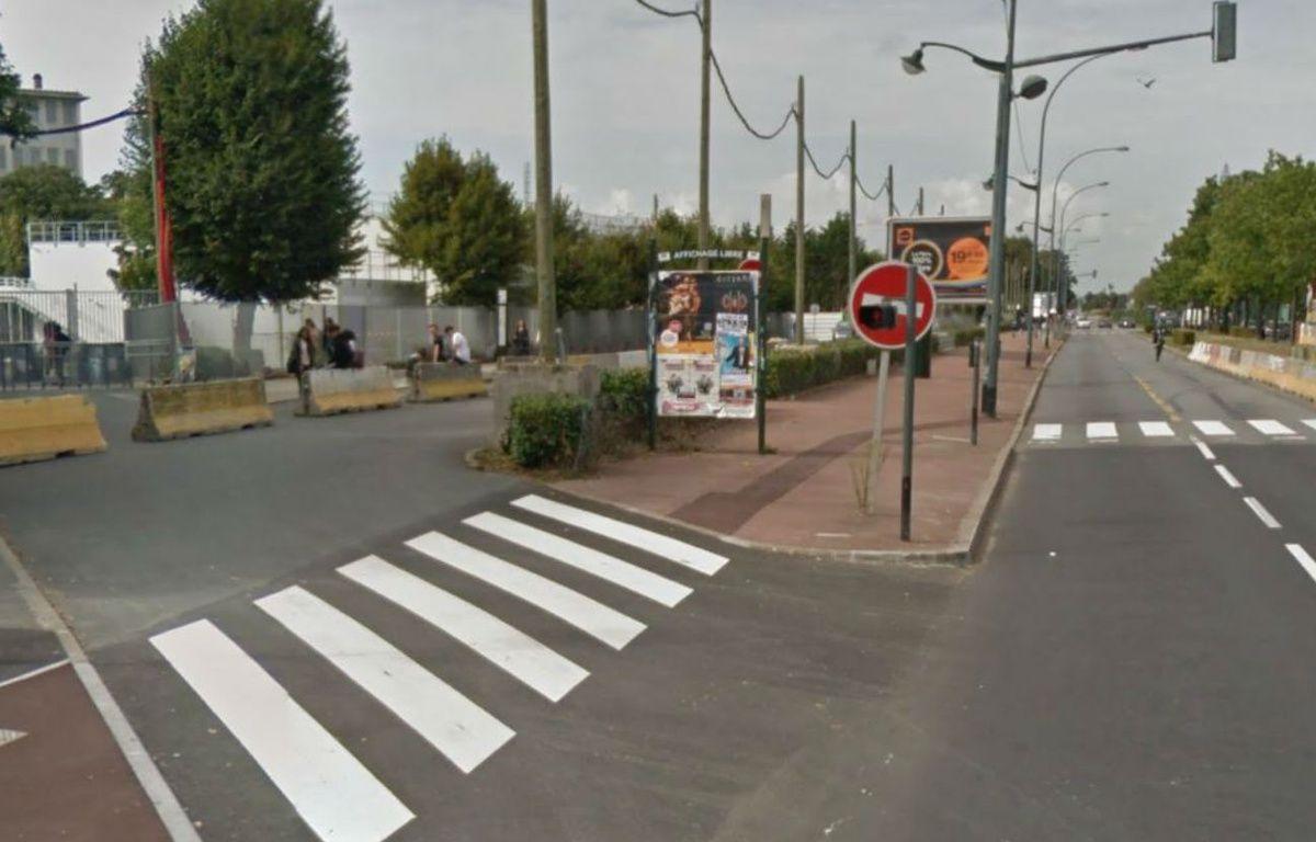 Le boulevard Jean Jaurès a été renommé  avenue Serge Dassault à Corbeil (Essonne) – Google Maps