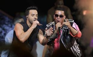 Luis Fonsi et Daddy Yankee interprètent leur tube Despacito au Latin Billboard Awards, le 27 avril 2017.