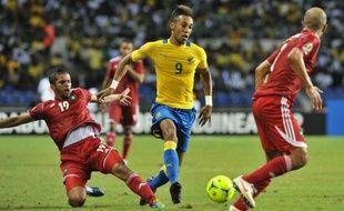 Le Gabon s'est qualifié pour les quarts de finale de la Coupe d'Afrique des nations 2012 en dominant le Maroc 3 à 2 lors de la 2e journée du groupe C vendredi, un succès qui permet également à la Tunisie, vainqueur du Niger (2-1) un peu plus tôt, de valider son billet.
