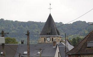 Le clocher de l'église de Sainte-Etienne-du-Rouvray, le 26 juillet 2016.