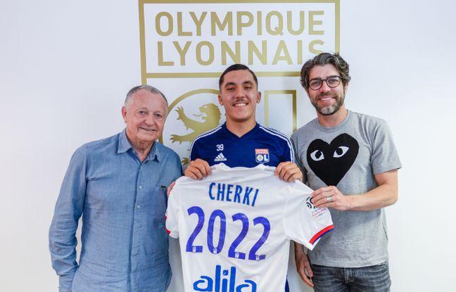Mercato OL: Lyon parvient à conserver sa pépite Rayan Cherki, notamment grâce à Juninho