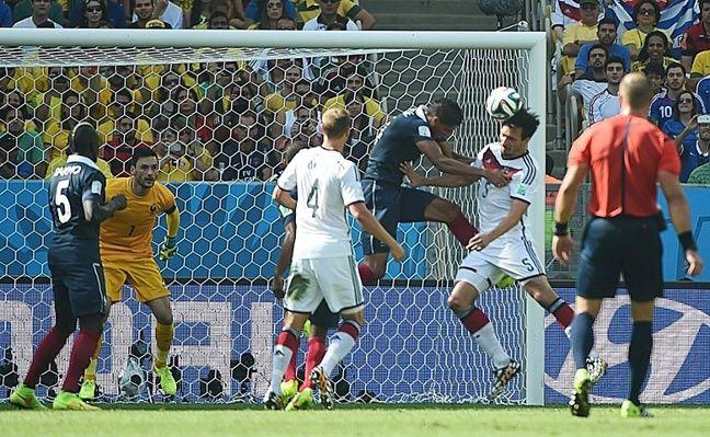 Griezmann refuse d'applaudir Varane pour la Ligue des champions — Equipe de France