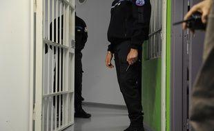 Un surveillant dans la prison de Lille-Annoeullin.