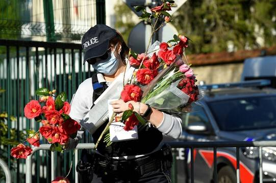 Des hommages rendus dans toute la France à Stéphanie M., la policière assassinée