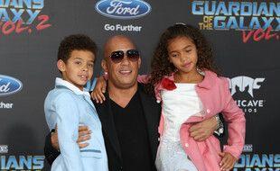 L'acteur Vin Diesel entouré de son fils Vincent (gauche) et de sa fille Hania Riley (droite)