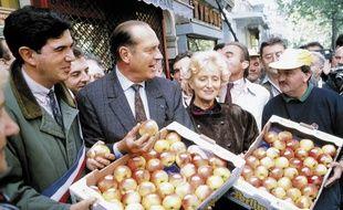 Jacques Chirac et Bernardette Chirac lors d'une manifestation d'agriculteurs à Paris en 1991