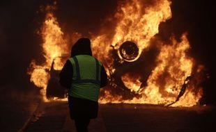 Scènes de guérilla urbaine à Paris, le 1er décembre, lors de la manifestation des Gilets Jaunes