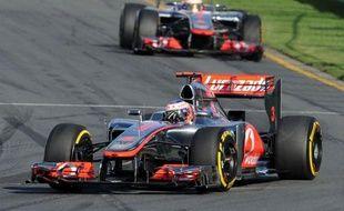C'est la 3e victoire de Button, 32 ans, en Australie, après celles de 2009, chez Brawn GP, l'année de son titre mondial, et 2010, lors de sa première course pour McLaren, sur le circuit où il avait débuté sa carrière en F1, en 2000 dans une Williams.