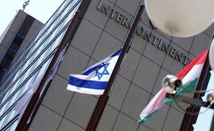 Le Congrès juif mondial (WJC) a entamé sa 14e assemblée générale à Budapest dimanche soir en solidarité avec la communauté juive de Hongrie où les actes antisémites se sont multipliés depuis 2012.