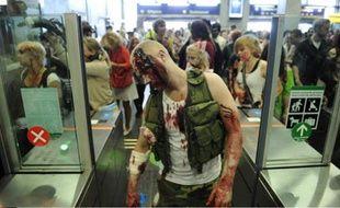 Une marche zombie, à Stockholm, en Suède, le 25 août 2012.