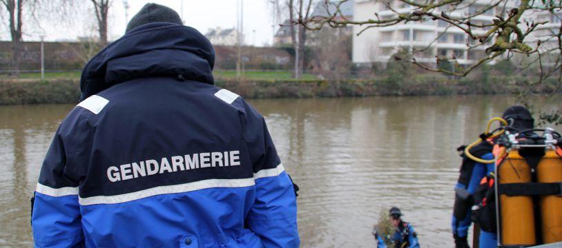 Illustration de plongeurs de la gendarmerie, ici à Rennes.