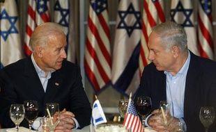 Le vice-président américain, Joe Biden, et le Premier ministre israélien, Benjamin Netanyahu, le 9 mars 2010 à Jerusalem.