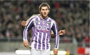 Meilleur buteur de la Ligue 1, Gignac enchaînera une troisième saison chez les Violets.