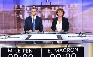 Christophe Jakubyszyn et Nathalie Saint-Cricq, mercredi, sur le plateau du débat.
