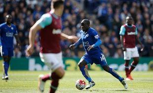 Le milieu de terrain de Leicester N'Golo Kanté, le 16 avril 2016 contre West Ham.