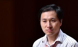 Le scientifique chinois He Jiankui à Hong Kong lors d'une présentation de son expérience.