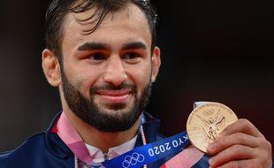 Luka Mkheidze a rapporté la première médaille à la France.