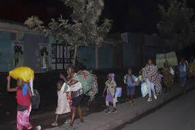 Des milliers de personnes ont du fuir Goma et le volcan dans la nuit de samedi à dimanche.