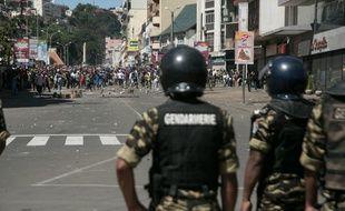 Des heurts entre la police et les manifestants ont éclaté à Antananarivo, à Madagascar, le 21 avril 2018.
