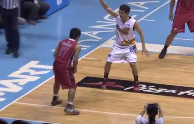 video quand manny pacquiao marque ses premiers points en coupe des philippines de basket. Black Bedroom Furniture Sets. Home Design Ideas