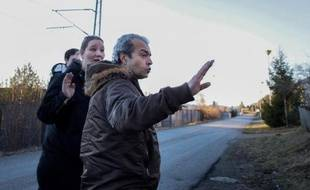 Walid Abdulrahman Abou Zayed, suspect norvégien de l'attentat de la rue des Rosiers, fait un geste le 4 mars 2015 à Skien, à 130 km d'Oslo