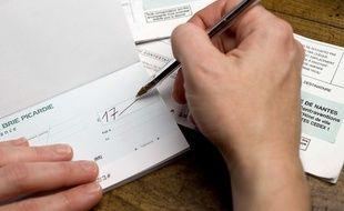 La Validite Des Cheques Reduite Pour Pousser Les Francais A Se