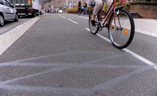 Illustration vélo en ville