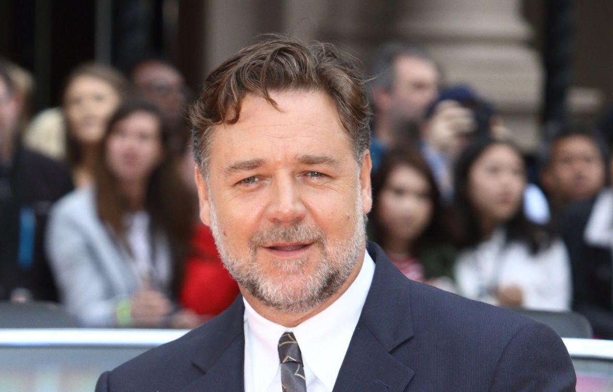 L'acteur Russell Crowe à l'avant-première de The Nice Guy à Londres – WENN