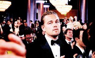 Un gif de Leonardo DiCaprio aux Golden Globes en 2012