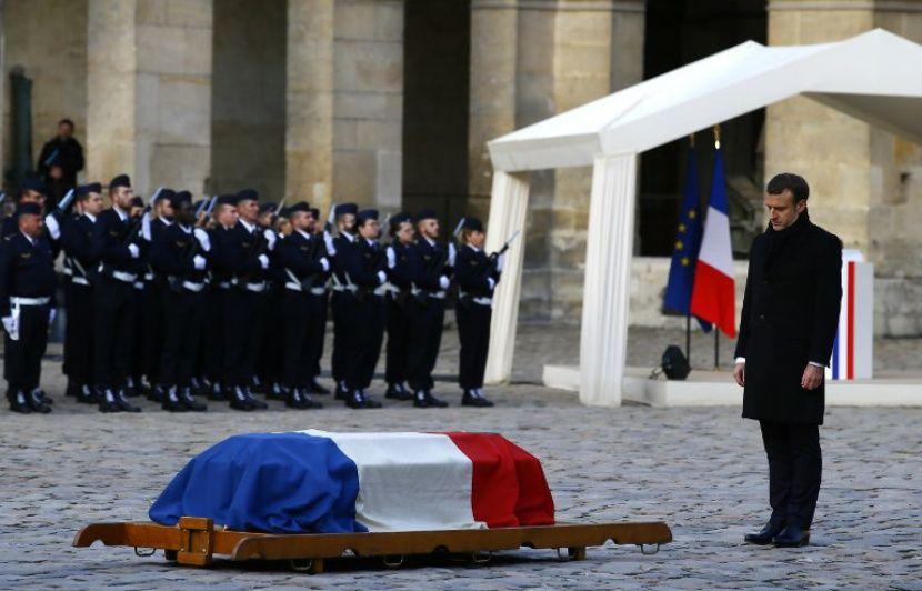 VIDEO. Hommage à Jean d Ormesson  Emmanuel Macron loue un «être de clarté»,  «superficiel par profondeur» 388a870fba54