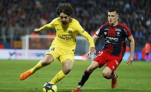 Yacine Adli, le milieu de terrain du PSG, intéresse Bordeaux.