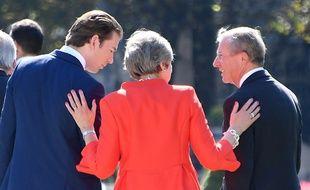 Theresa May, première ministre britannique, lors du sommet de Salzbourg en Autriche.