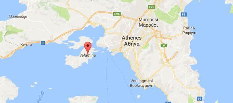 Localisation de l'île de Salamine près d'Athènes où le pétrole a coulé.