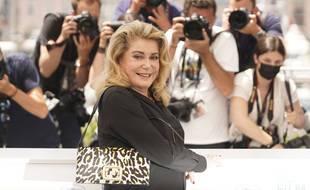 Catherine Deneuve lors du festival de Cannes 2021.