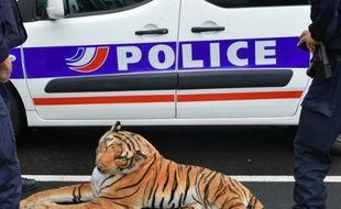Le tigre en peluche capturé par les policiers du Mans