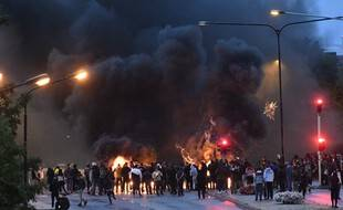 Des affrontements ont éclaté à Malmö, en Suède, le 28 août 2020, avec des actes islamophobes de sympathisants d'extreme droite.