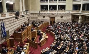 Le Premier ministre grec Alexis Tsipras lors d'un discours devant le Parlement à Athènes, le 10 mai 2019.
