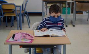 Journée de classe dans une école primaire de Mantes la Jolie, le 19 mai 2020.