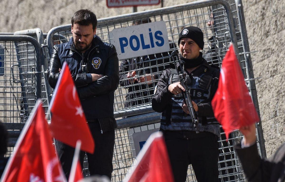 Des policiers turcs. – OZAN KOSE / AFP