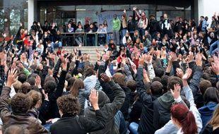 Vote du blocage de l'université de Nantes, le 19 octobre 2010.