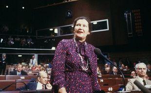 Simone Veil au Parlement européen en 1984.