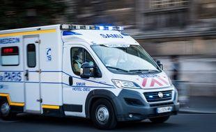 Un véhicule du Samu en intervention, le 25 août 2019, à Paris.