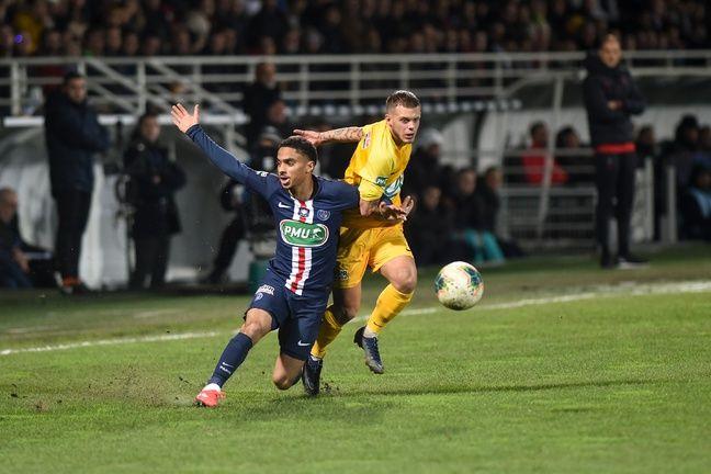 Colin Dagba est sorti sur blessure face à Pau.