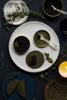 Le caviar végétal d'Angèle sur les galettes de sarrasin et nori de Romain