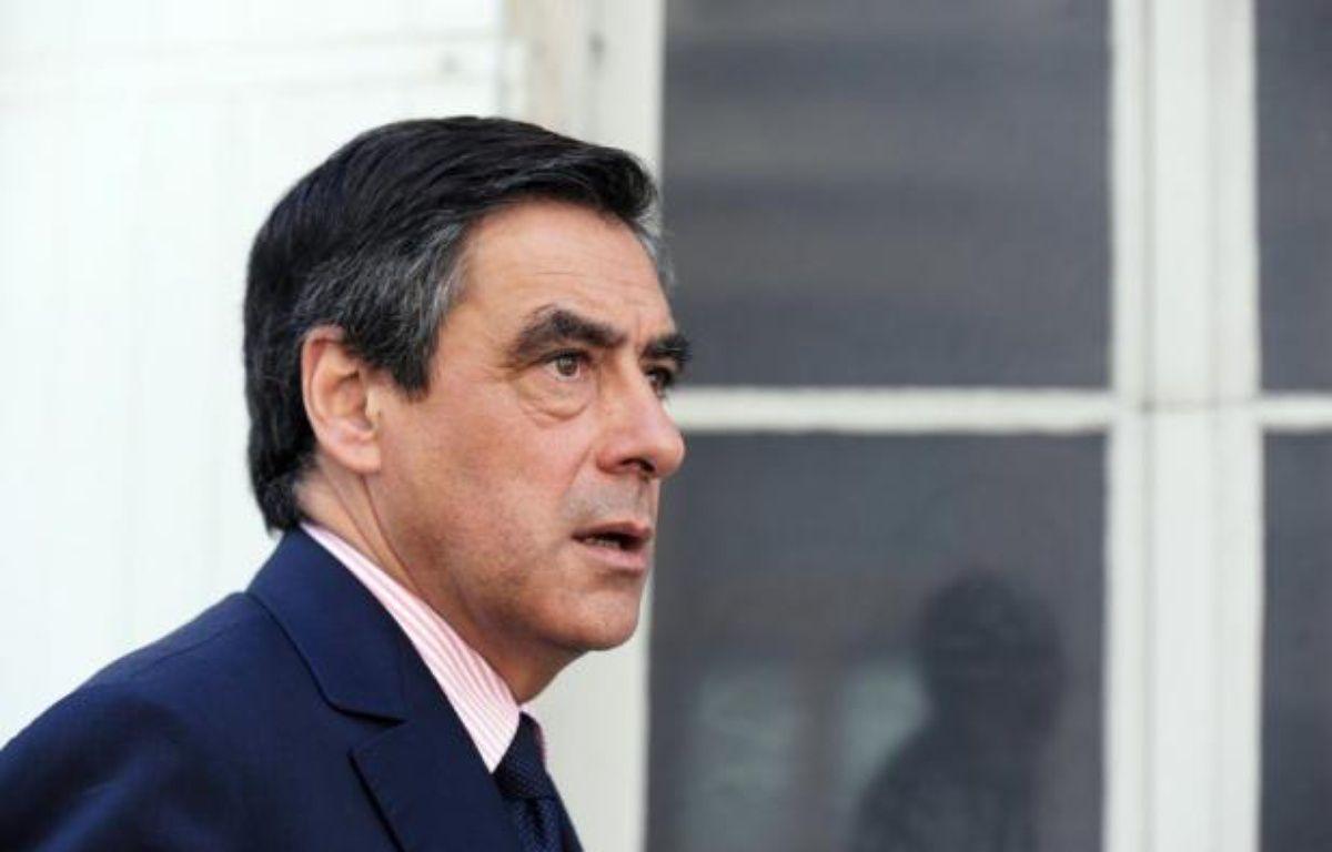 L'ancien Premier ministre, François Fillon, a contesté mercredi sur RTL le caractère rétroactif de la décision du Conseil d'Etat qui a demandé au gouvernement de réviser les tarifs appliqués pour la période allant du 1er octobre 2011 au 1er janvier 2012. – Alain Jocard afp.com