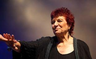 Anne Sylvestre en concert le 10 septembre 2010 à la Fête de l'Humanité