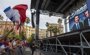 Une trentaine de personnes ont été légèrement blessées dans un mouvement de foule provoqué par des jets de pétards dans le centre de Nice mardi 10 juillet 2018.