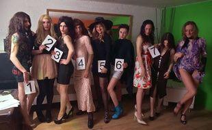 Neuf candidates concouraient pour le tout premier titre de Miss transsexuelle. La numéro 3 a remporté le concours.