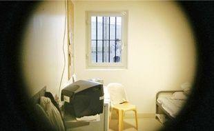 L'hospitalisation d'office en milieu fermé est dénoncée à Sequedin par une association  d'aide aux prisonniers.