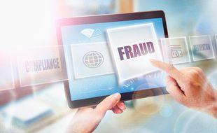 Il est indispensable de garder toutes les traces de vos transactions financières afin de pouvoir réagir en cas d'arnaque.